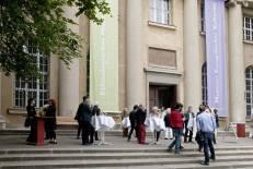 Erfüllbare Träume? Italienerinnen in Berlin. Sogni realizzabili? Italiane a Berlino. Museum Europäischer Kulturen, Dahlem, Berlin.
