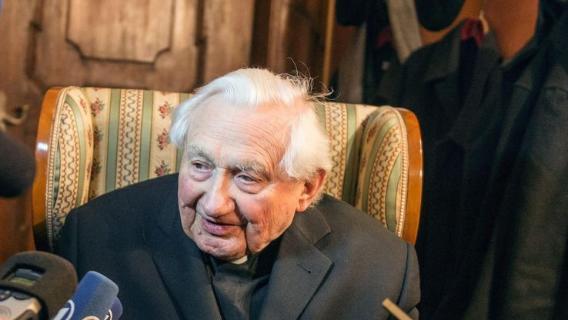 "Georg Ratzinger: ""Non avevo capito che c'erano abusi sessualiˮ"