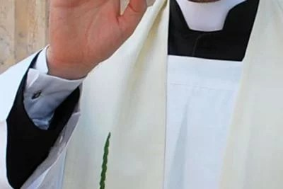 """""""Ho pulsioni pedofile"""", prete belga condannato per adescamento"""
