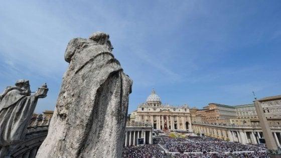 Scandalo nel collegio dei 'chierichetti', indagine del Vaticano: no abusi, ci furono rapporti gay