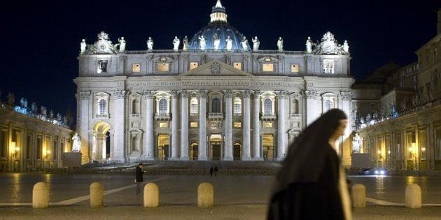 """15 grammi di cocaina e 5 pen drive con film hard. L'usciere del vaticano resta in carcere muto. Gli inquirenti: """"Non erano per lui"""""""