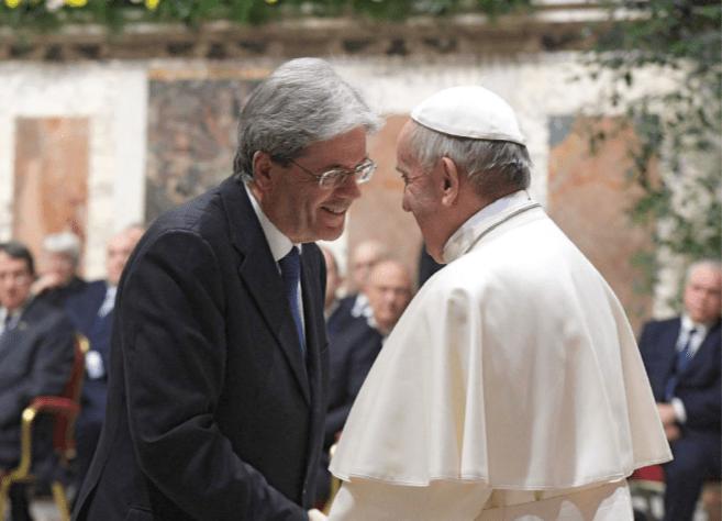 Chi protegge i preti pedofili? Lo Stato fa finta di niente