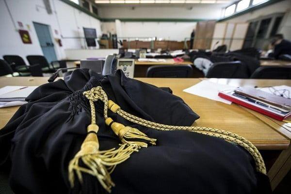 Pedofilia, 18 anni a ex sacerdote Foggia