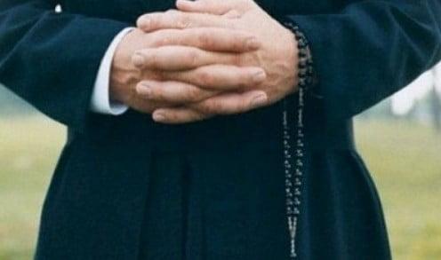 Caso prete Impirotta, pena ridotta da quattro a tre anni
