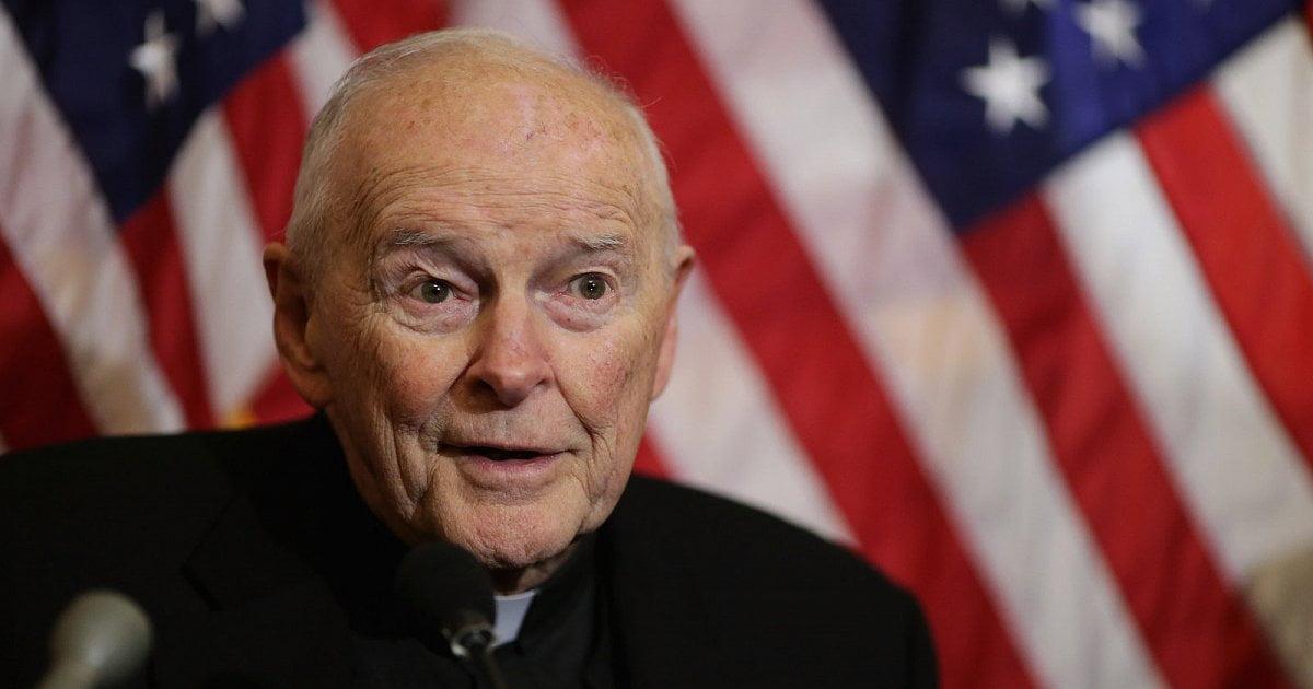 """Il terremoto """"zio Ted"""" nella Chiesa. Affonda McCarrick, ma la macchia pedofilia non si argina più"""