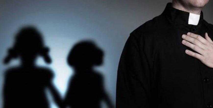Prete pedofilo trasferito nel Casertano: divampa la polemica