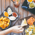 Contează! Iată ce nu trebuie de făcut niciodată după masă: obiceiuri care te distrug din interior.
