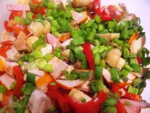 Placinta-impletita-cu-legume-carne-1