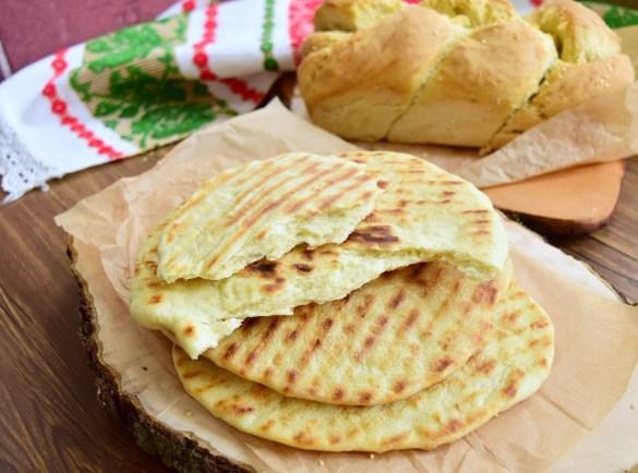 Pâine și lipii de casă fără drojdie