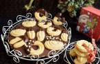 Fursecuri vanilate cu glazură de ciocolată