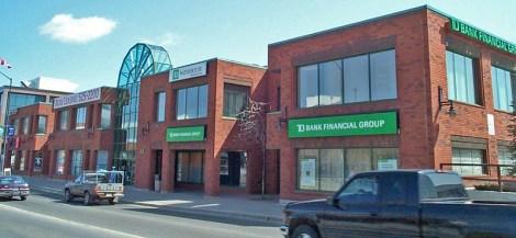 43 Elm - Commerce Centre