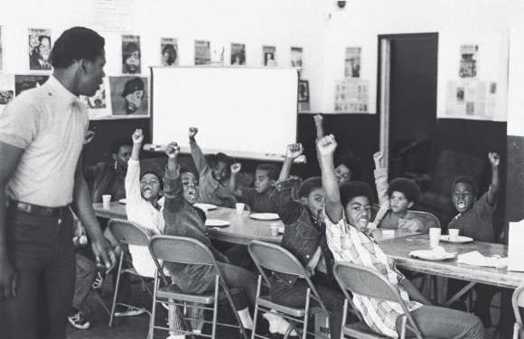 What We Don't Learn About the Black Panther Party — but Should ...