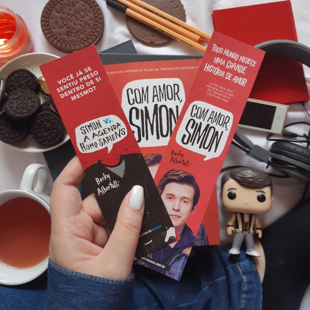 Resenha de Com Amor, Simon de Becky Albertalli, publicado em 2018 pela Editora Intrínseca.
