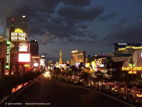 Vegas Strip - Las Vegas glitter.jpg