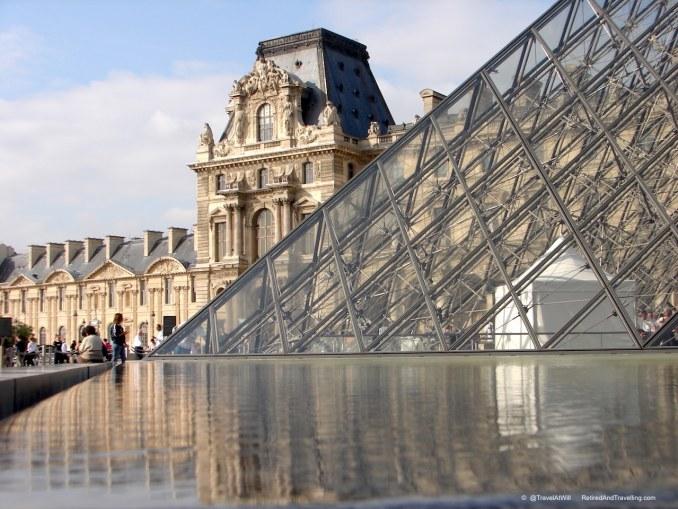 Louvre - Iconic Paris Sights.jpg