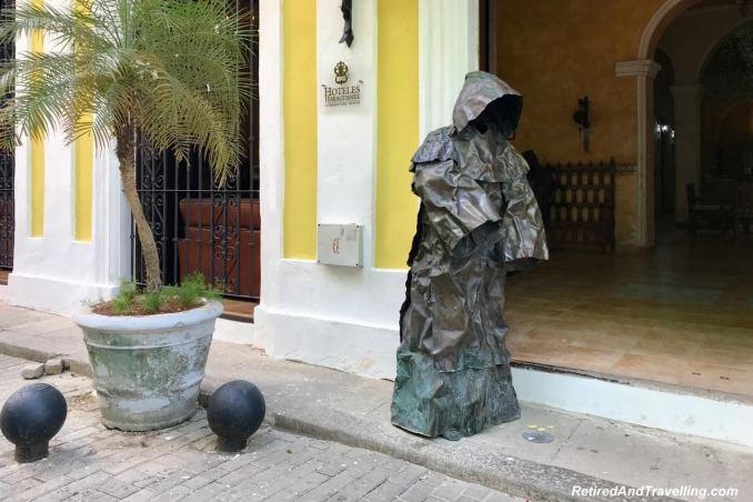 Havana Street Statues - First Visit To Colourful Havana.jpg