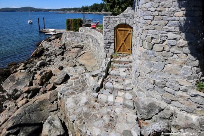 Beautiful Homes - On The Sunshine Coast in BC.jpg