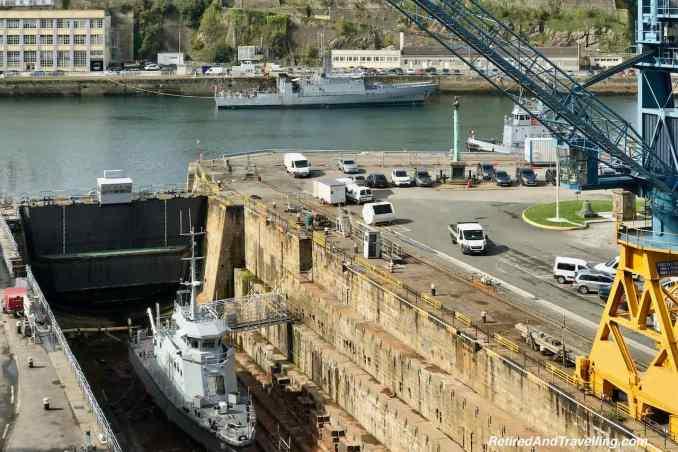 Pont de Recouvrance Bridge Naval Boats Dry Dock.jpg
