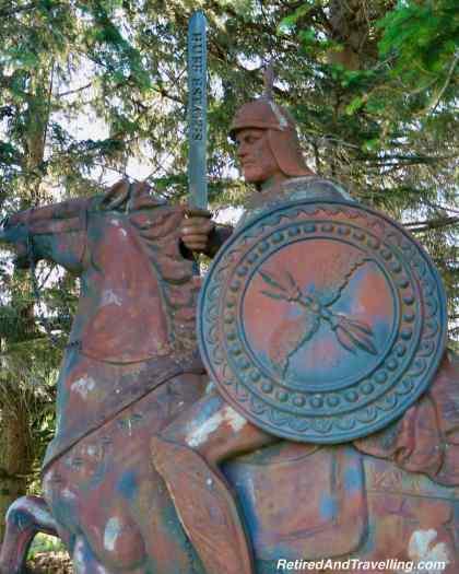 Huff Estates Inn Statue - Stay In Prince Edward County In Ontario.jpg