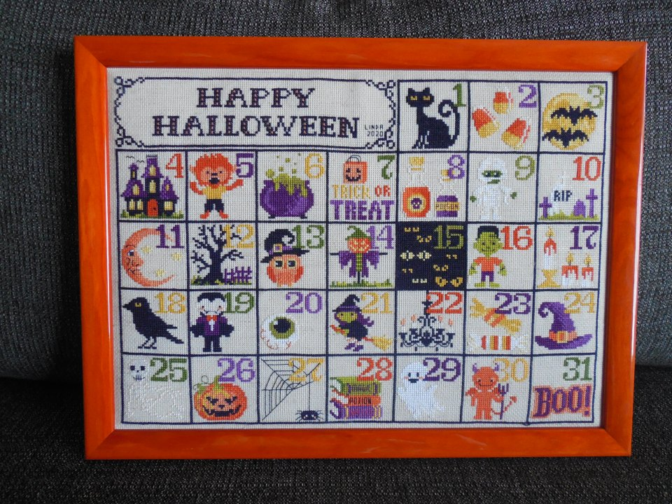 Halloween Calendar - finished