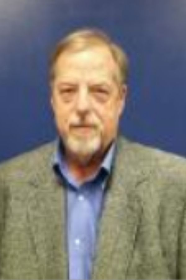 professional headshot of Richard Edwards