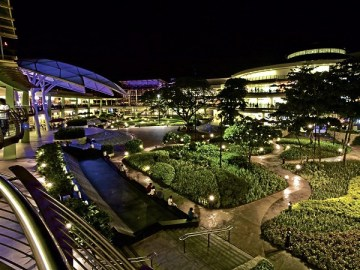 Ayala Mall - night