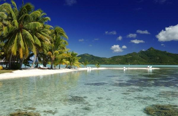 St Tropez Plage de Tahiti