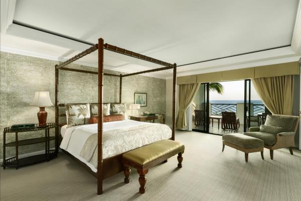 Fairmont_Gold_Presidential_Bedroom_491873_high