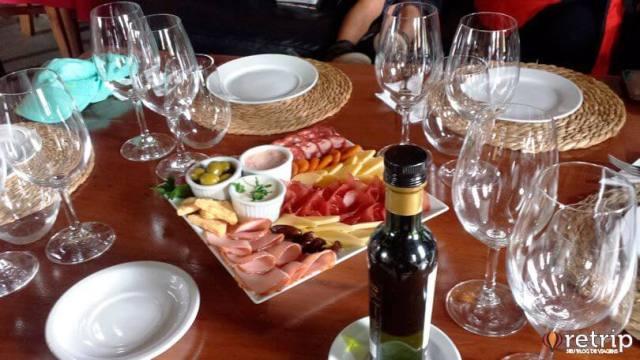 Degustação na vinícola Bodega Juanicó, em Montevidéu