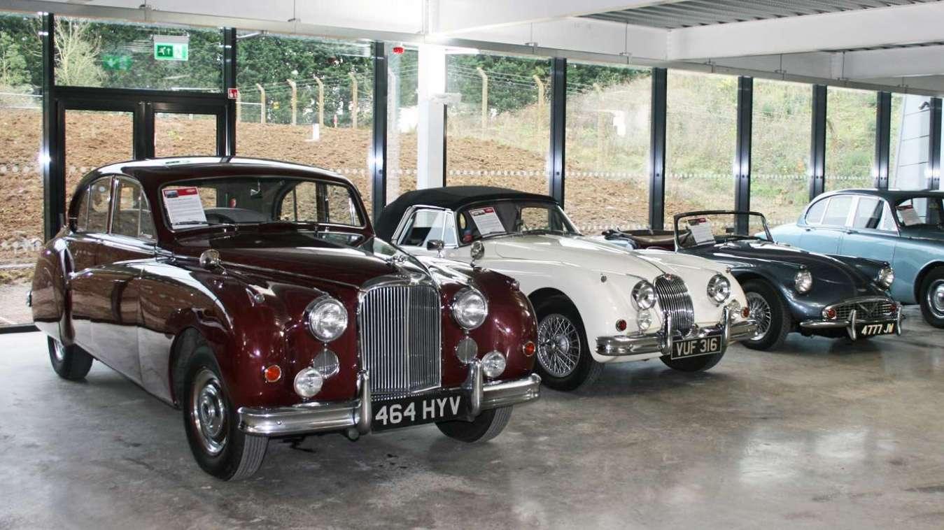 Queen Mother's Jaguar Mark VII M saloon