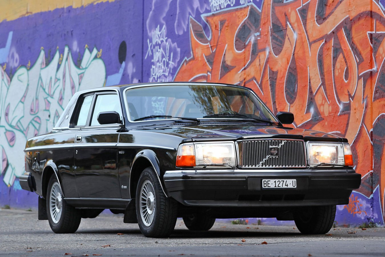 Bowie's old Volvo 262C Bertone Coupe sells for £160,000