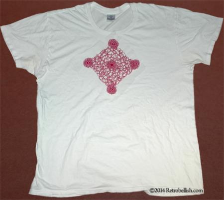 white-shirt-pink-trim