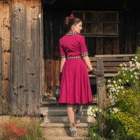 "[:de]Das ""Ella 40s Swing Dress"" von Miss Victory Violet - ein perfekter Begleiter für jeden Tag[:en]The ""Ella 40s Swing Dress"" by Miss Victory Violet - a perfect Dress for every Day[:]"