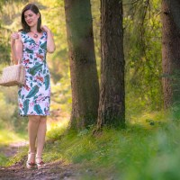 "[:de]Ein Tag in der Natur mit dem Retro-Kleid ""Cheryl"" von Dolly and Dotty[:en]One Day in Nature with the retro Dress ""Cheryl"" by Dolly and Dotty[:]"