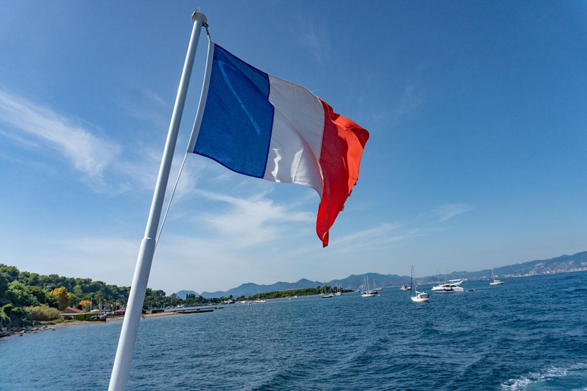 RetroCat beim Bootsausflug vor Cannes zur Inselgruppe Île Sainte-Marguerite