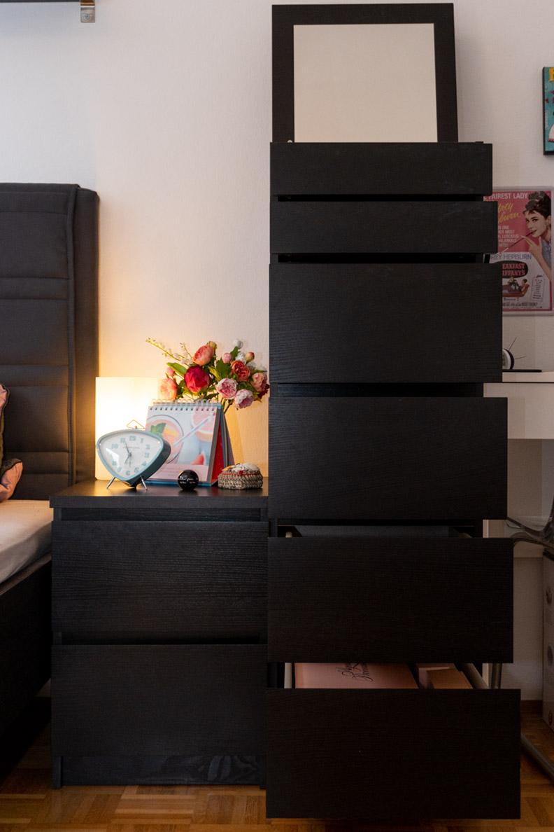 Die schwarze Malm Kommode von Ikea als Schrank für Dessous und Unterwäsche