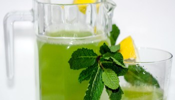 detox flavoured green water