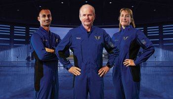 Virgin_Galactic_Pilot_Spacesuits