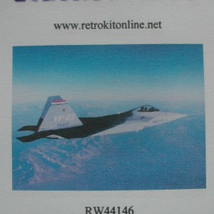 RW44146top
