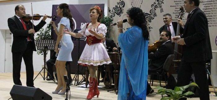 Fergeteges Dankó Rádió klubest Bangó Margit énekesnővel