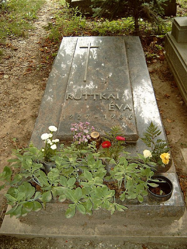 Ruttkai Éva síremléke