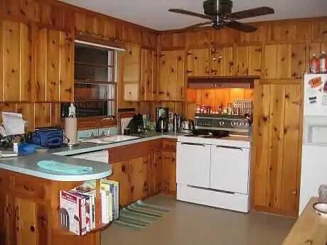 Vintage Knotty Pine Kitchen 460