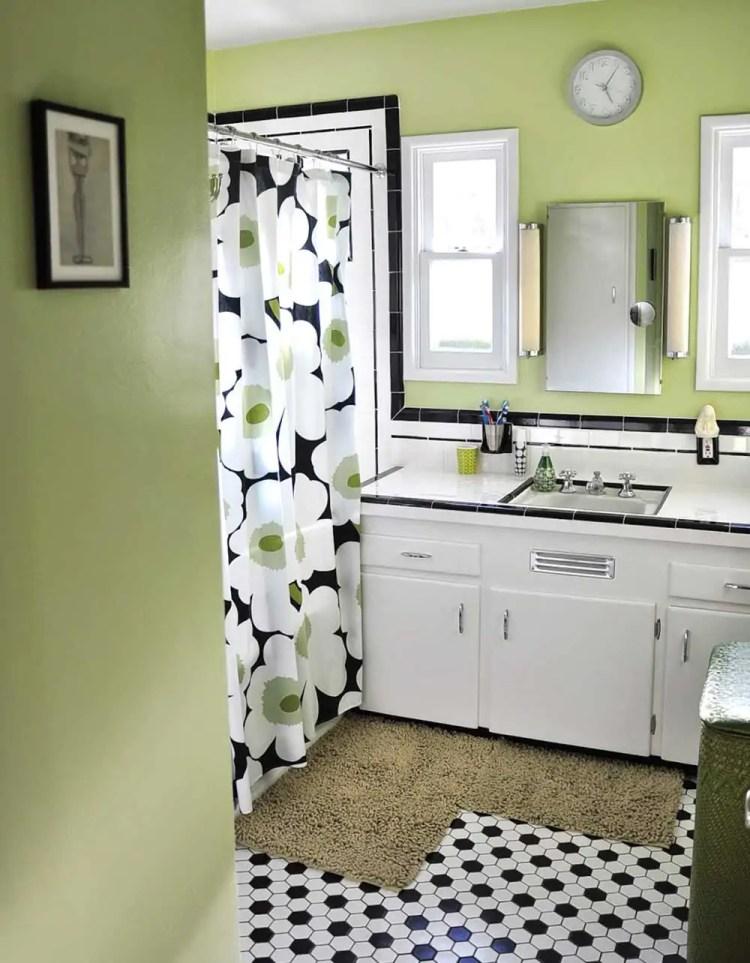 Dawn Creates A Classic Black And White Tile Bathroom
