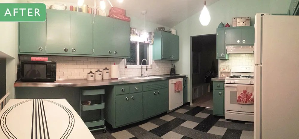 Can Annie Sloan Chalk Paint Transform These Kitchen Cabinets Jessicas Retro Kitchen Before And