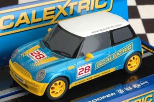 C3073-scalextric-mini-slot-cars