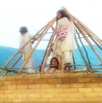 Naturkatastrophe: Dachkonstruktion der Arhuaco-Hütte