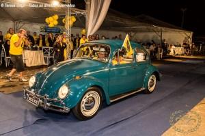 Desfile do premiado Fusca Direção Invertida no IV Encontro Brasileiro de Autos Antigos