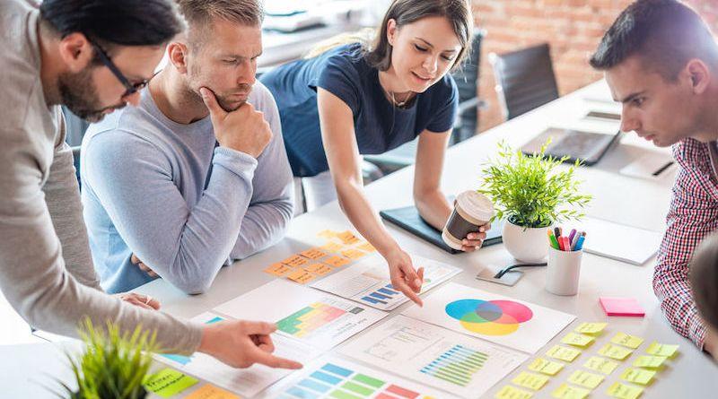 Travailler ensemble: 4 stratégies pour relever ce défi incontournable