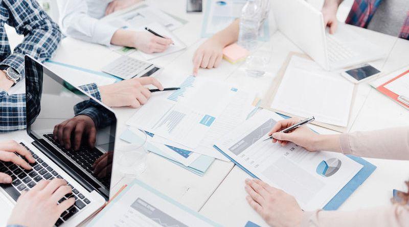 Management des entreprises: mise en œuvre et rôle du manager