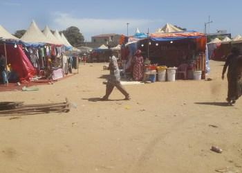 Un « marché nomade » au cœur du rond-point Liberté 5 à Dakar